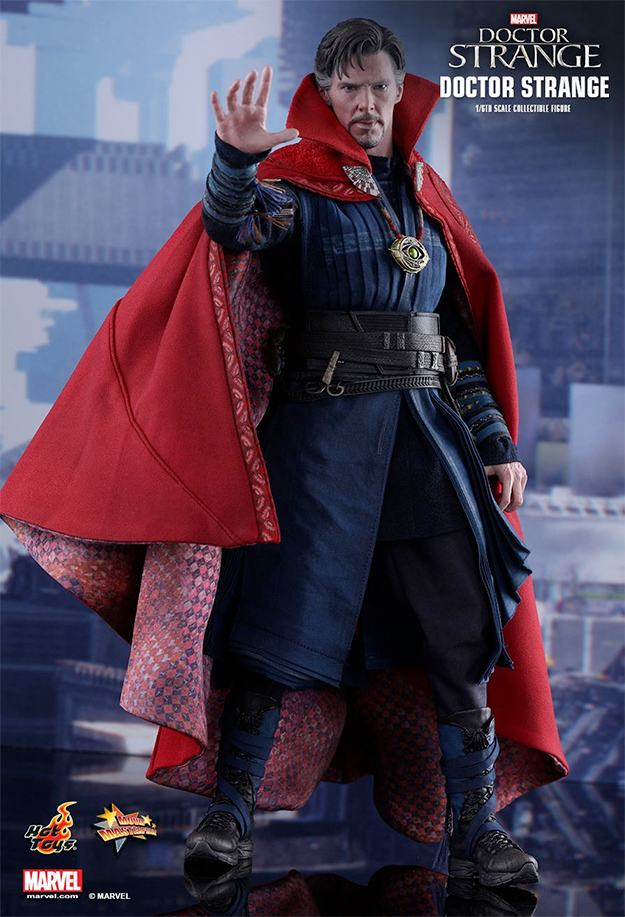 action-figure-hot-toys-doctor-strange-01