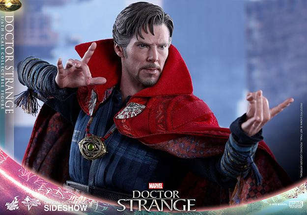 action-figure-hot-toys-doctor-strange-02