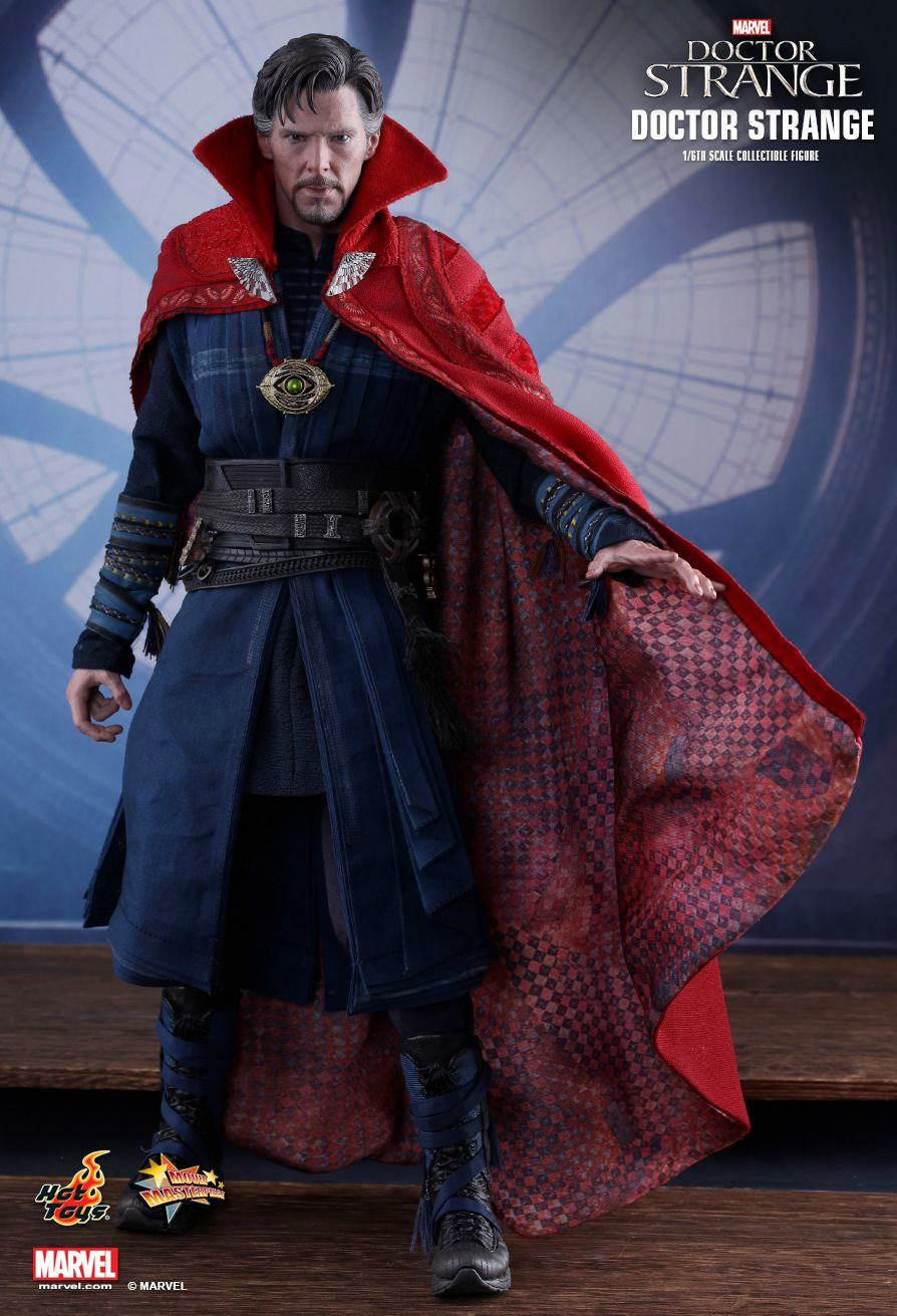 action-figure-hot-toys-doctor-strange-03