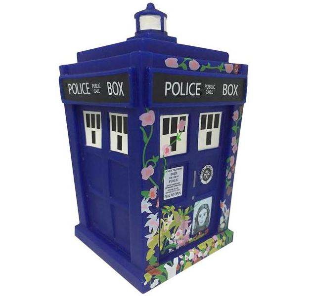 tardis-clara-tribute-titans-mini-04