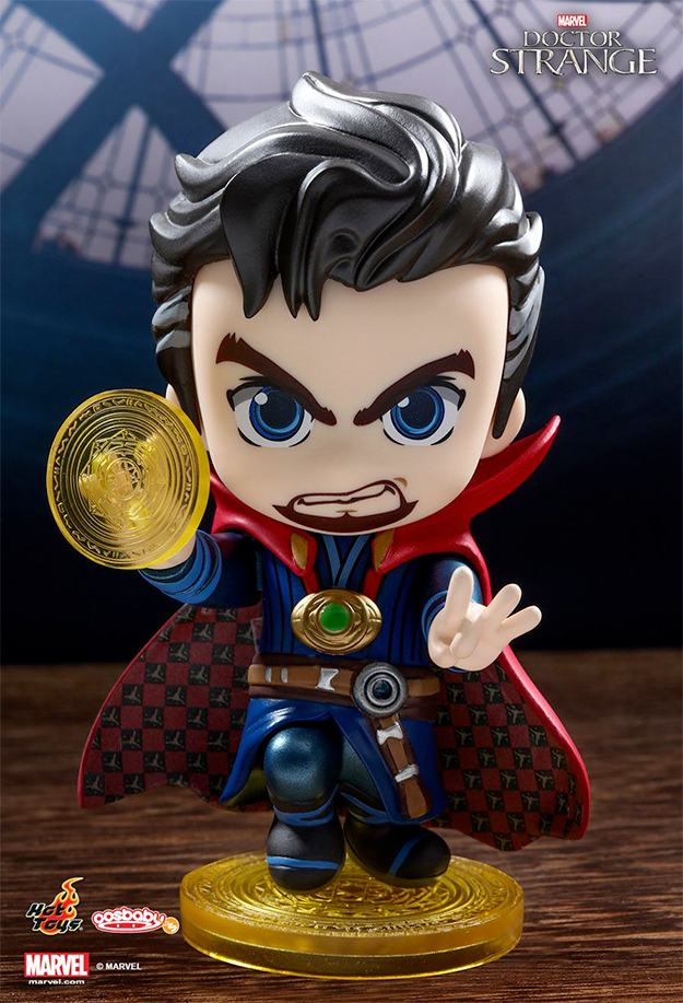 doctor-strange-cosbaby-bobble-head-hot-toys-01