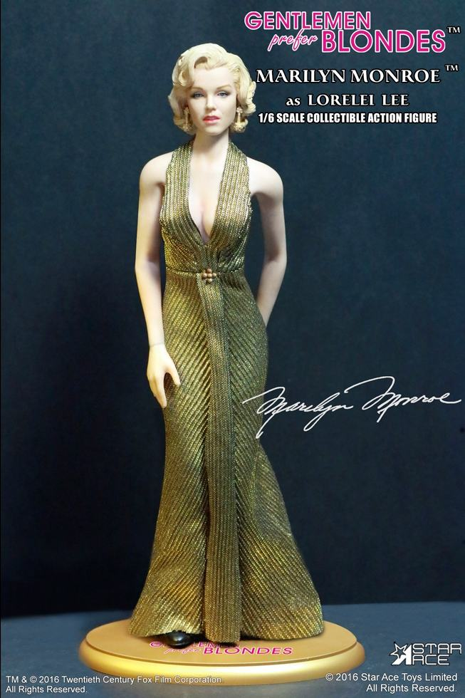 action-figure-marilyn-monroe-gold-dress-09