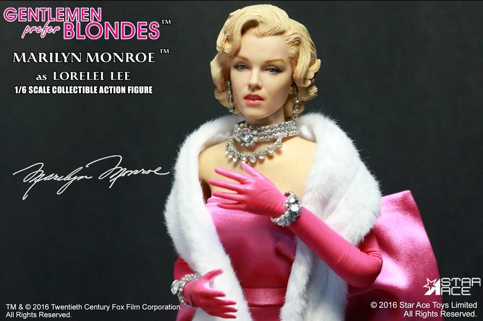 action-figure-marilyn-monroe-pink-dress-07