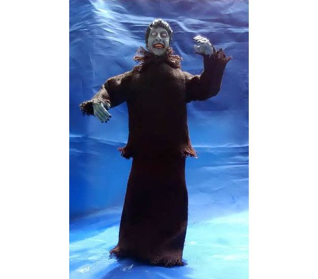 plague-of-the-zombies-retro-mego-style-figure-03