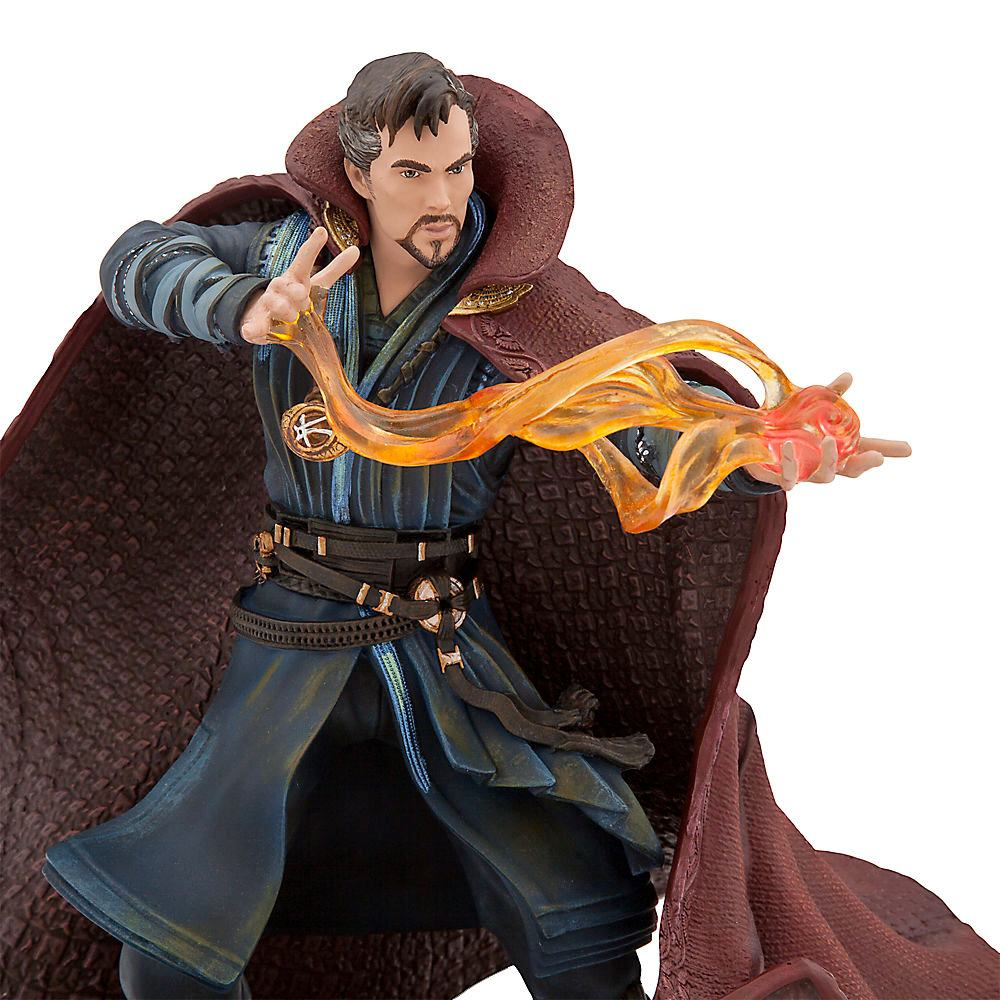 estatua-doctor-strange-limited-edition-figure-disney-store-02