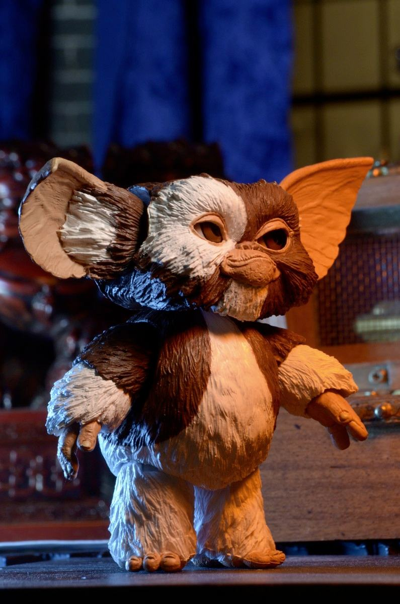 ultimate-gizmo-gremlins-action-figure-neca-03