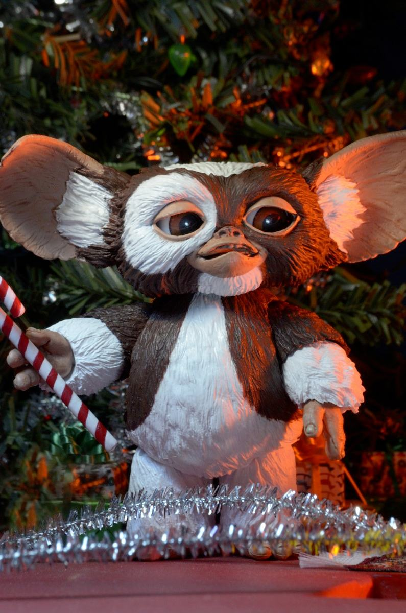 ultimate-gizmo-gremlins-action-figure-neca-05