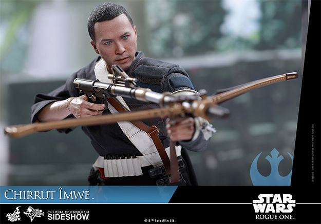 chirrut-imwe-action-figure-hot-toys-star-wars-rogue-one-02