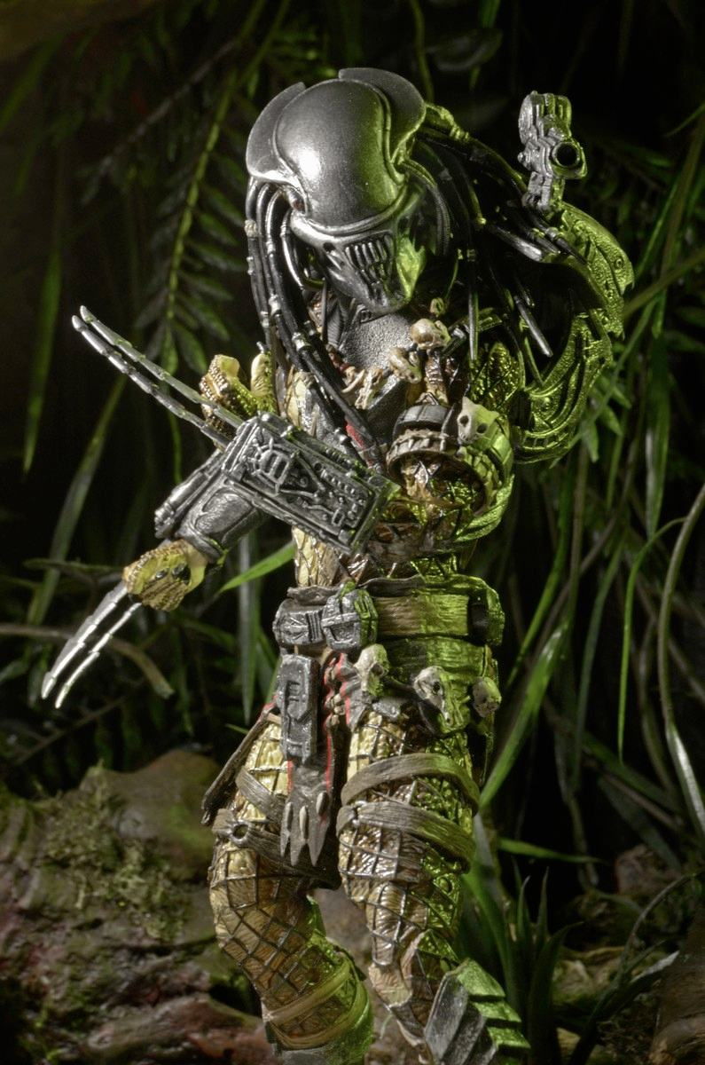 predator-series-17-action-figures-alien-head-predator-02