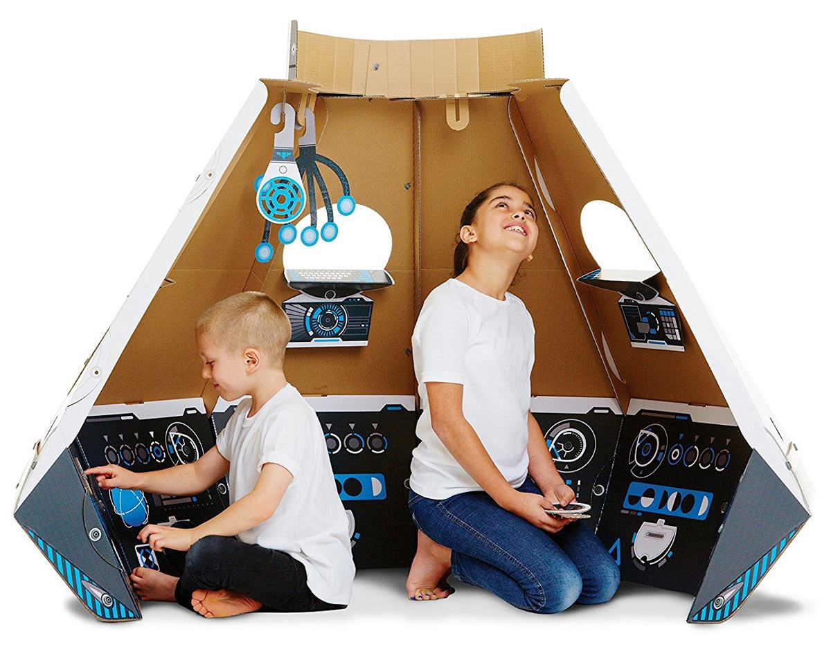 cabana-makedo-cardboard-construction-space-pod-04