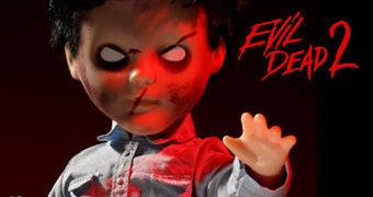 Living Dead Dolls Apresenta: Deadite Ash em Evil Dead II (Uma Noite Alucinante 2)
