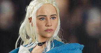 Daenerys Targaryen (Emilia Clarke) em Game of Thrones – Action Figure Perfeita 1:6 Threezero