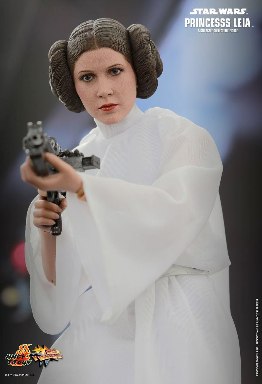 princess-leia-sixth-scale-action-figure-hot-toys-01