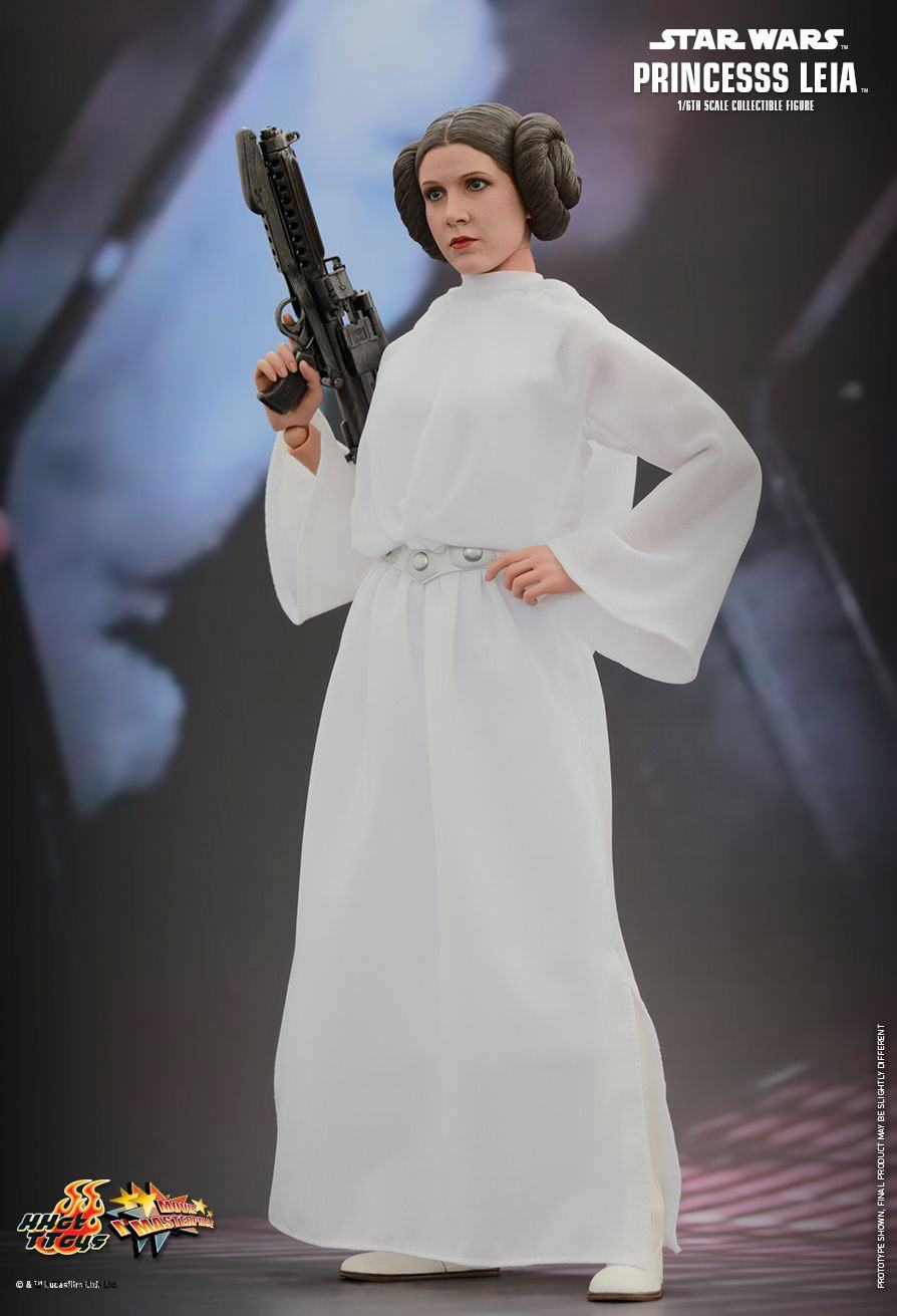 princess-leia-sixth-scale-action-figure-hot-toys-03
