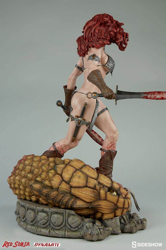 red-sonja-she-devil-with-a-sword-premium-format-figure-07