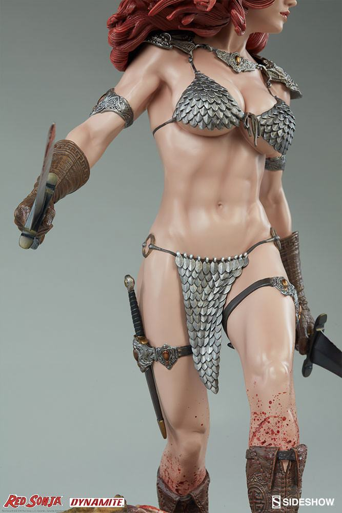 red-sonja-she-devil-with-a-sword-premium-format-figure-11