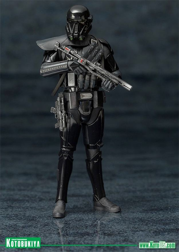 Death-Trooper-ArtFX-Statues-2-Pack-Star-Wars-Rogue-One-03