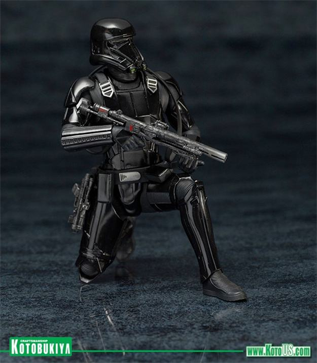 Death-Trooper-ArtFX-Statues-2-Pack-Star-Wars-Rogue-One-07