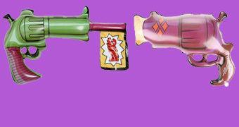 Armas de Brinquedo Infláveis do Coringa e Harley Quinn