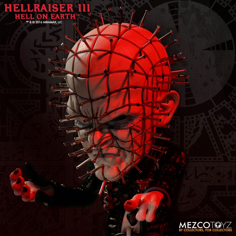 Hellraiser-Pinhead-Deluxe-Stylized-Vinyl-Figure-02