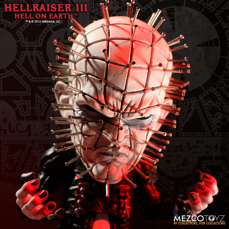 Hellraiser-Pinhead-Deluxe-Stylized-Vinyl-Figure-03