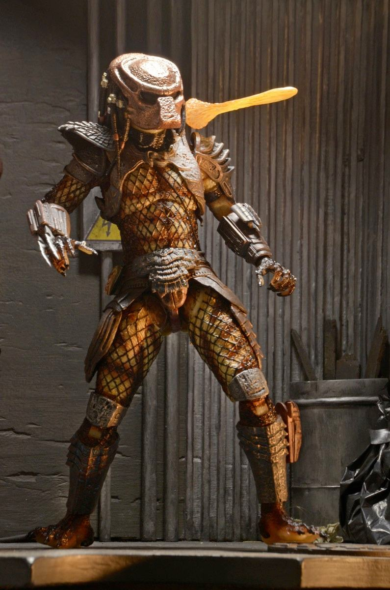 Action-Figure-Predator-Neca-Ultimate-City-Hunter-05