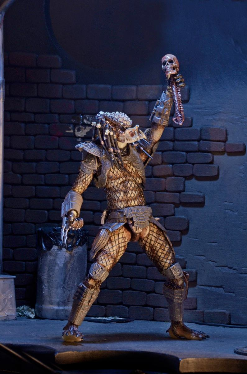 Action-Figure-Predator-Neca-Ultimate-City-Hunter-07
