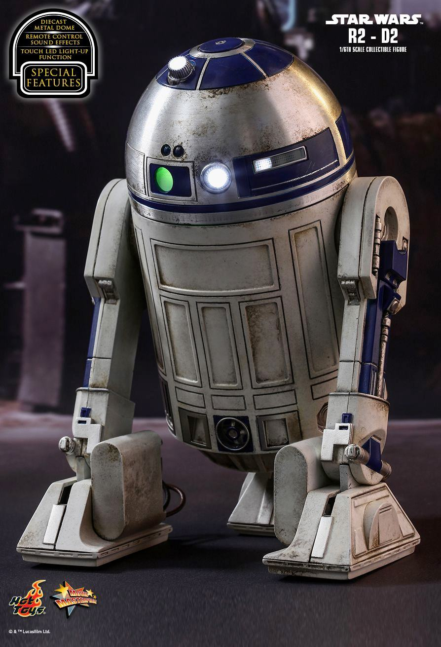 R2-D2-Collectible-Figure-Star-Wars-VII-Hot-Toys-06