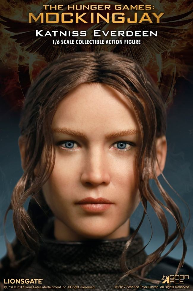 Katniss-Everdeen-Deluxe-Action-Figure-Star-Ace-03
