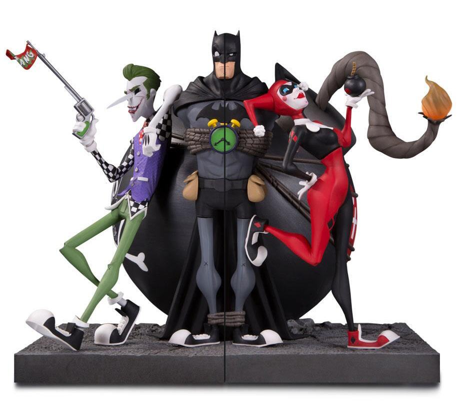 Batman-Joker-and-Harley-Bookend-Statue-03