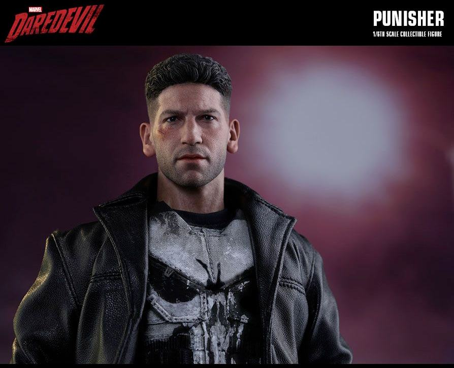 The-Punisher-Marvel-Daredevil-Collectible-Figure-Hot-Toys-02