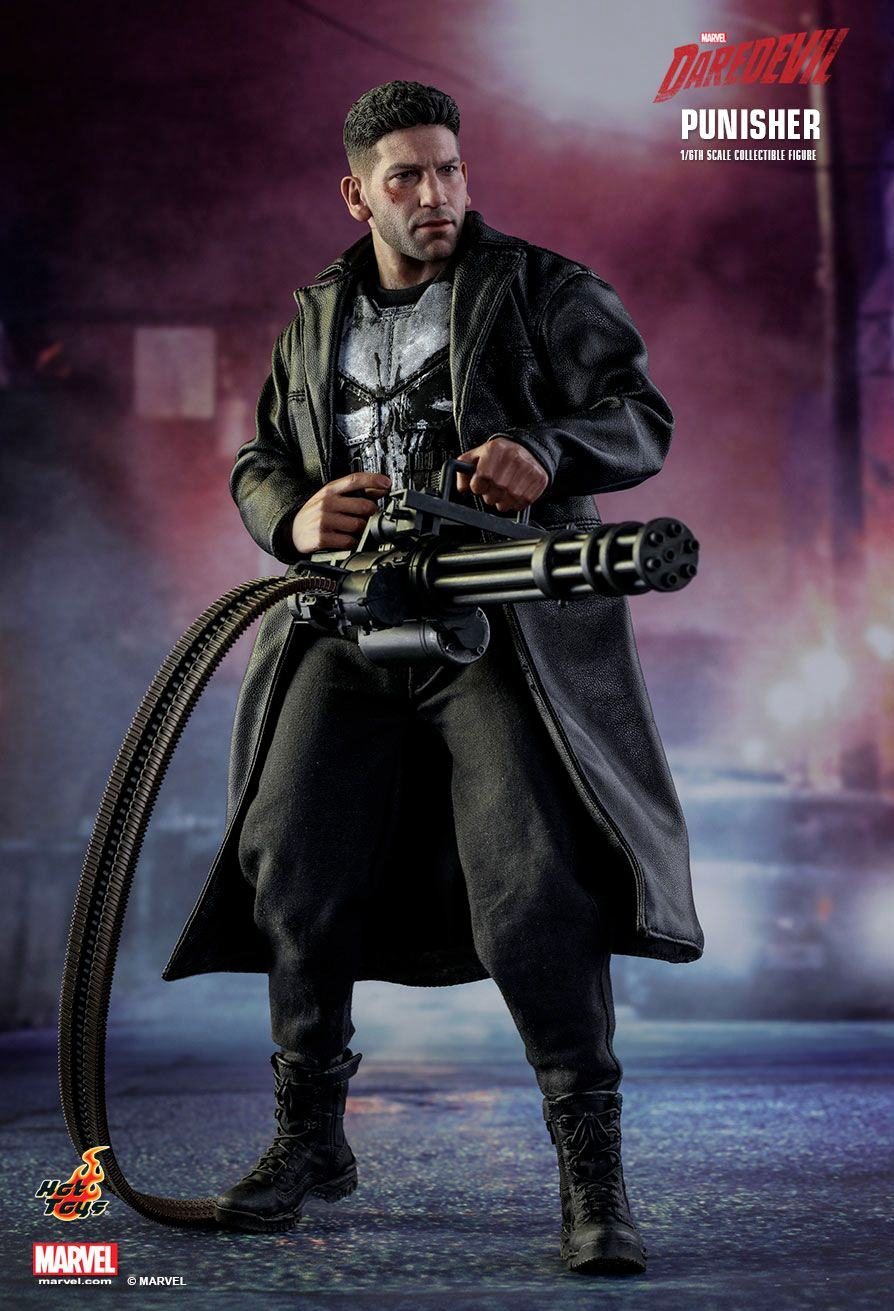 The-Punisher-Marvel-Daredevil-Collectible-Figure-Hot-Toys-05