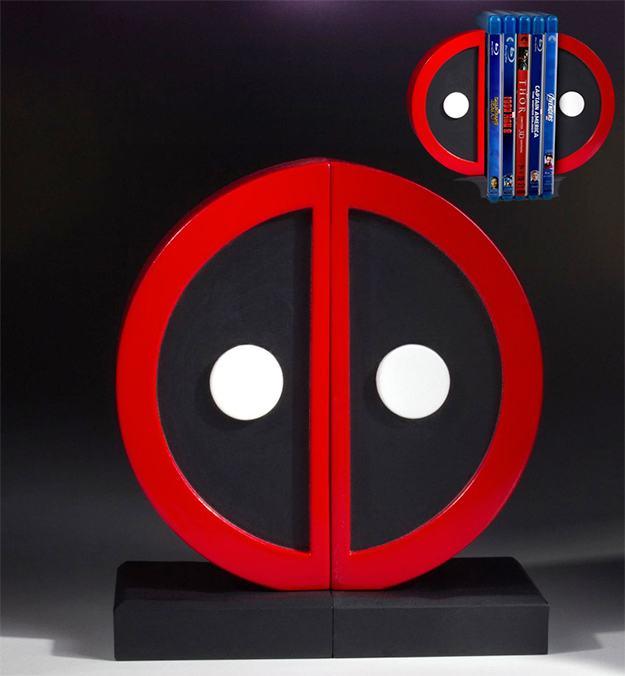Apoio-de-Livros-Deadpool-Logo-Bookend-Set--01
