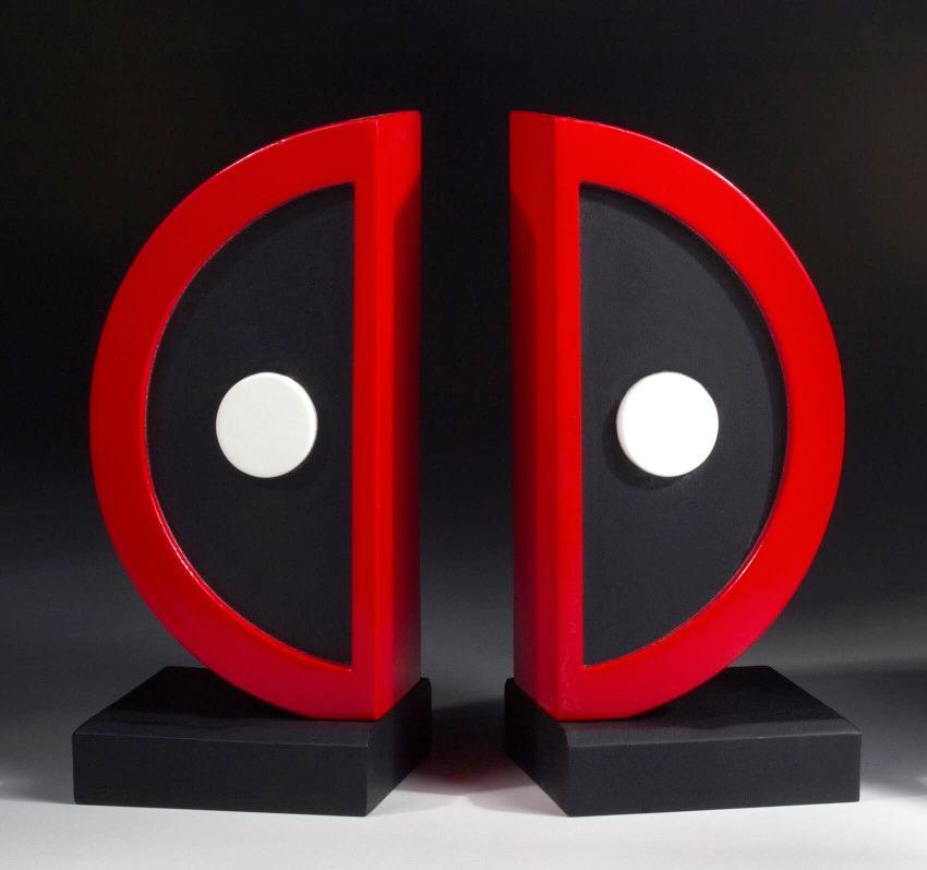 Apoio-de-Livros-Deadpool-Logo-Bookend-Set-02