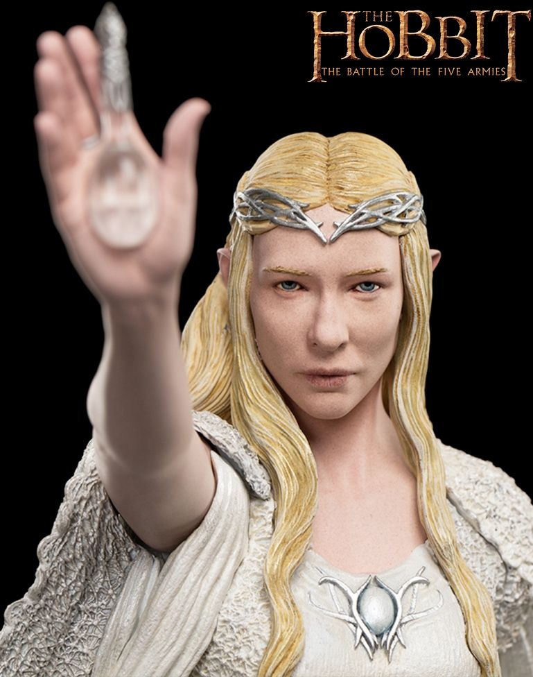 Estatua-Lady-Galadriel-at-Dol-Guldor-The-Hobbit-Statue-02