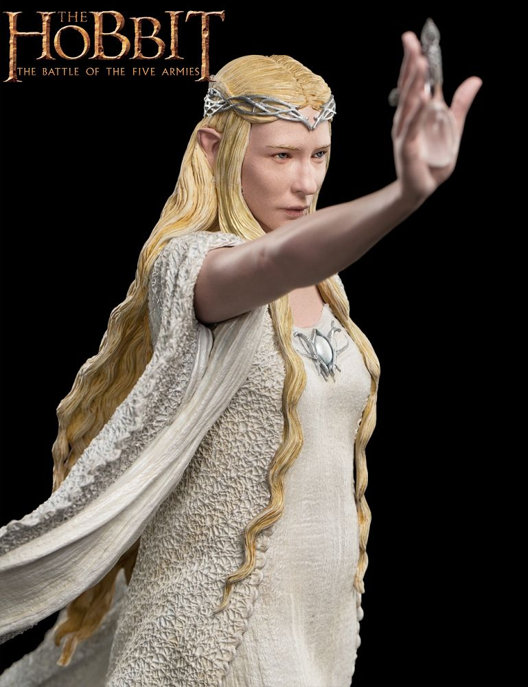 Estatua-Lady-Galadriel-at-Dol-Guldor-The-Hobbit-Statue-05