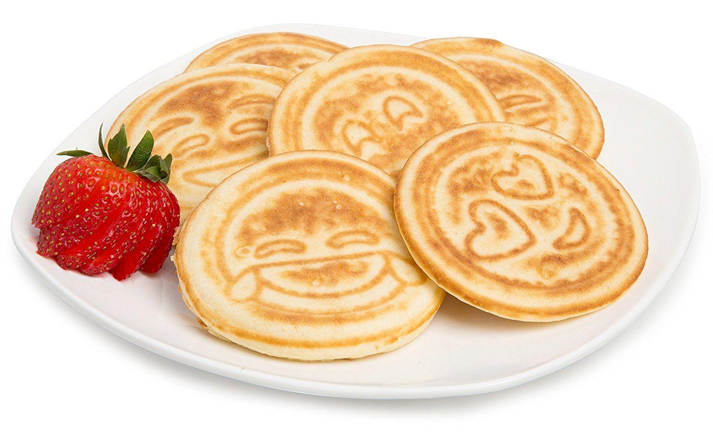 Frigideira-de-Panquecas-Emoji-Smiley-Face-Pancake-Pan-02