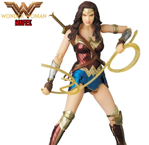 Mulher-Maravilha-Wonder-Woman-MAFEX-Action-Figure-06