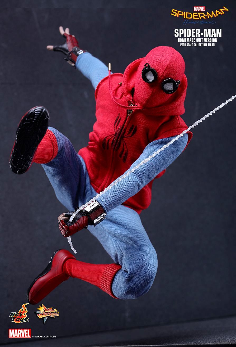Action-Figure-Hot-Toys-Spider-Man-Homemade-Suit-Version-05