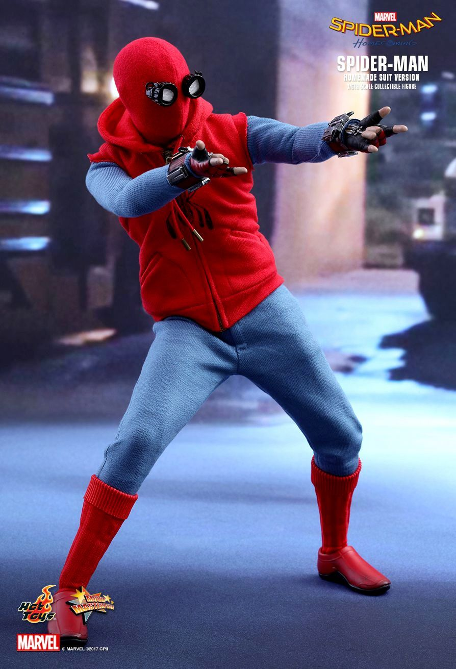 Action-Figure-Hot-Toys-Spider-Man-Homemade-Suit-Version-11