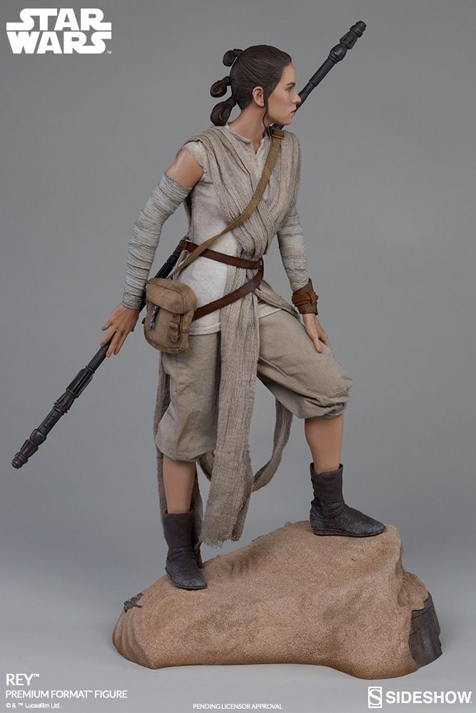 Estatua-Star-Wars-Rey-Premium-Format-Figure-04