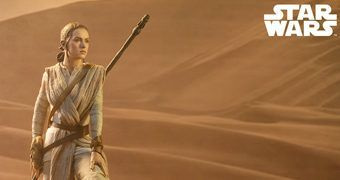 Rey Premium Format – Estátua Sideshow Star Wars: The Force Awakens