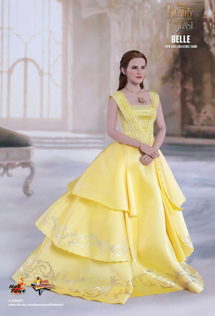 Belle-Beauty-and-the-Beast-Collectible-Figure-03
