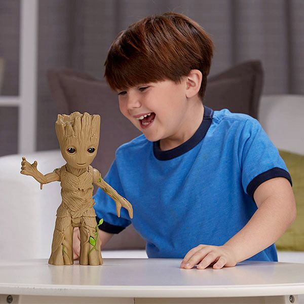 Guardians-of-the-Galaxy-2-Dancing-Baby-Groot-03