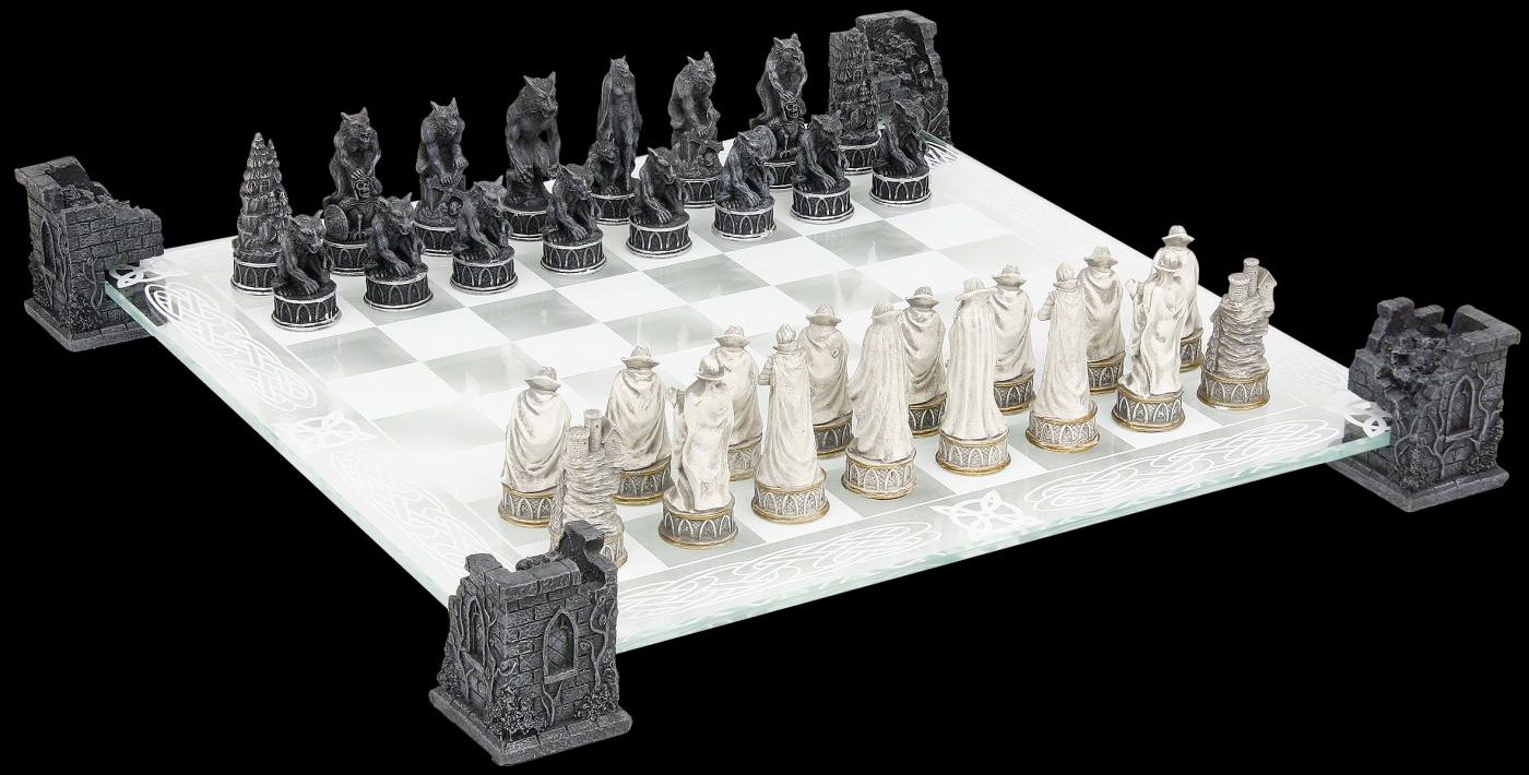 Xadrez-Vampires-e-Werewolves-Chess-Set-03
