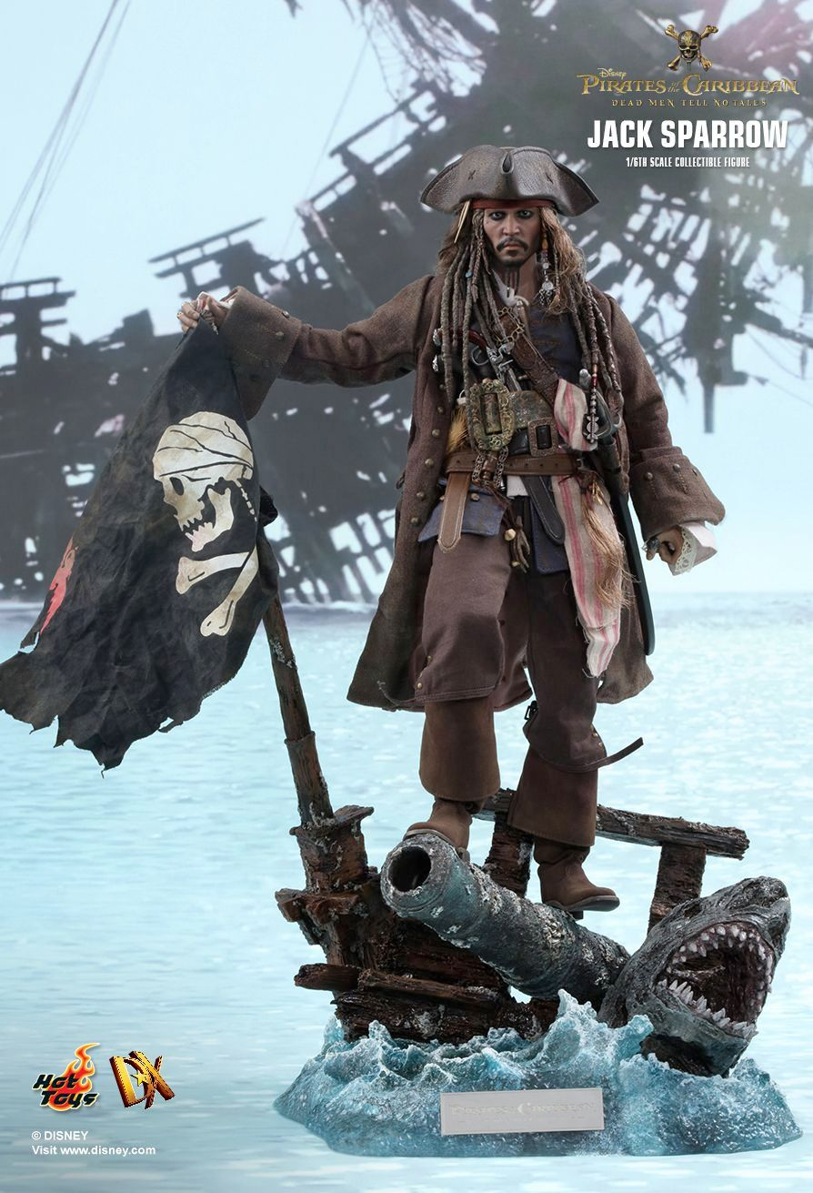Hot-Toys-Jack-Sparrow-Pirates-of-the-Caribbean-Dead-Men-Tell-No-Tales-Collectible-Figure-01
