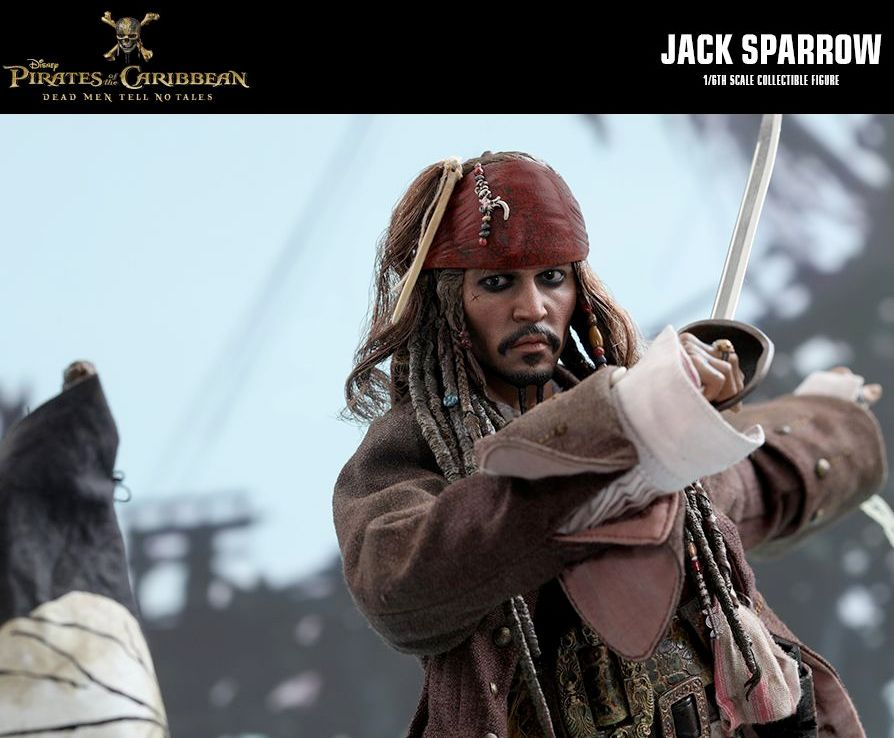 Hot-Toys-Jack-Sparrow-Pirates-of-the-Caribbean-Dead-Men-Tell-No-Tales-Collectible-Figure-02