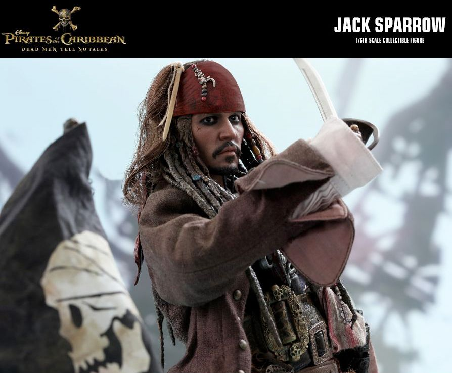 Hot-Toys-Jack-Sparrow-Pirates-of-the-Caribbean-Dead-Men-Tell-No-Tales-Collectible-Figure-09