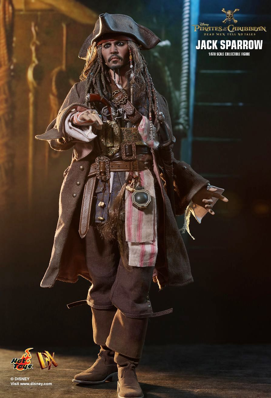 Hot-Toys-Jack-Sparrow-Pirates-of-the-Caribbean-Dead-Men-Tell-No-Tales-Collectible-Figure-10