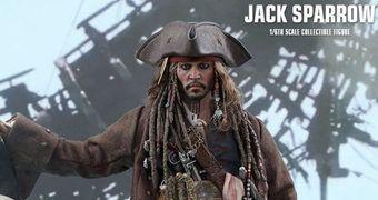 Jack Sparrow (Johnny Depp) em Piratas do Caribe: A Vingança de Salazar – Action Figure Perfeita 1:6 Hot Toys